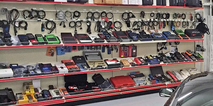 Scan Tool Wall CarQuest