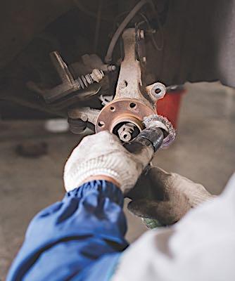 wheel hub wire brush cleaning